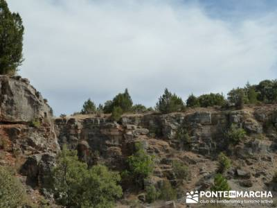 Ciudad Encantada de Tamajón - Retiendas - Almiruete;tiendas montaña madrid;laguna grande de gredos